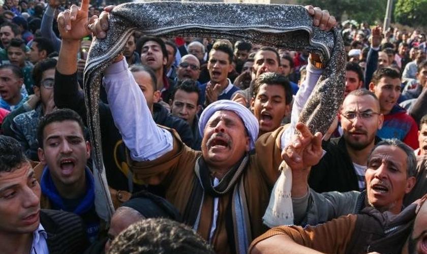 Governo brasileiro condena ataque a cristãos no Egito
