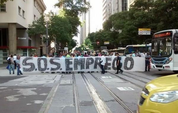 Brancos e negros terão renda equiparada no Brasil somente em 2089