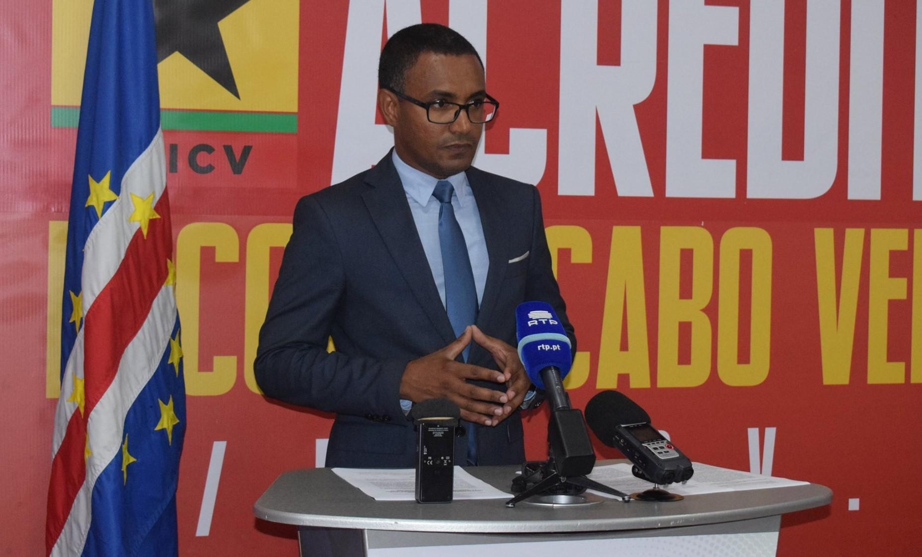 Cabo Verde: Nuias Silva compromete-se com ilha do Fogo