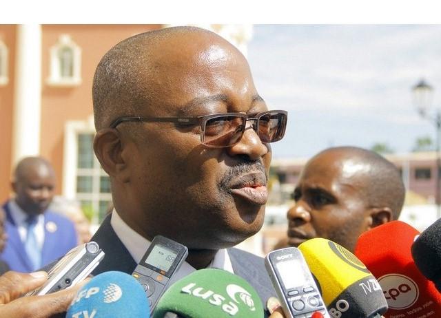 Presidente do grupo parlamentar do MPLA, Américo Cuononoca