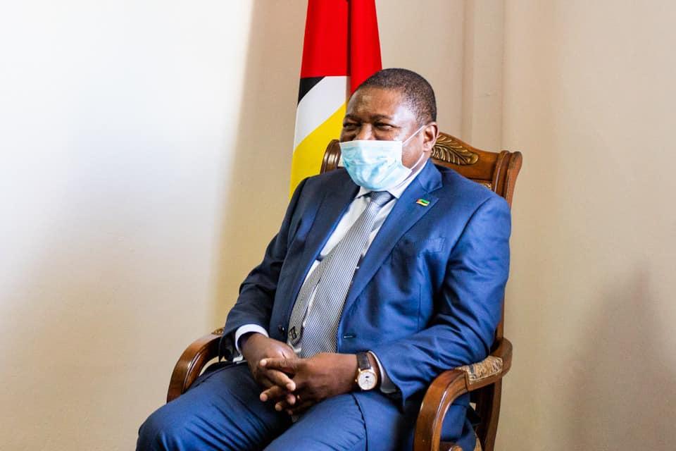 """Moçambique: """"Livrem Moçambique dessa Junta [Militar]"""", pede Nyusi"""