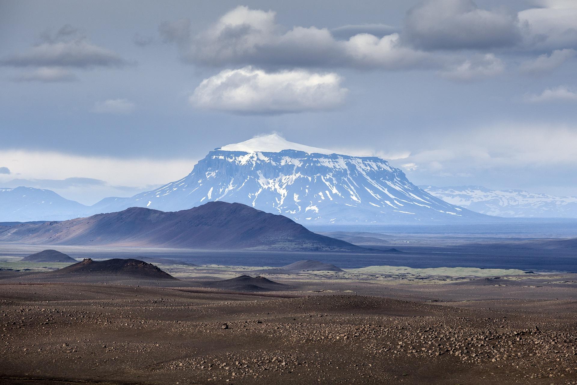 vulcão; islândia