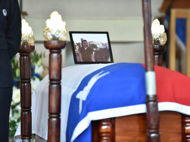 Enterro do polícia chileno Luis Morales