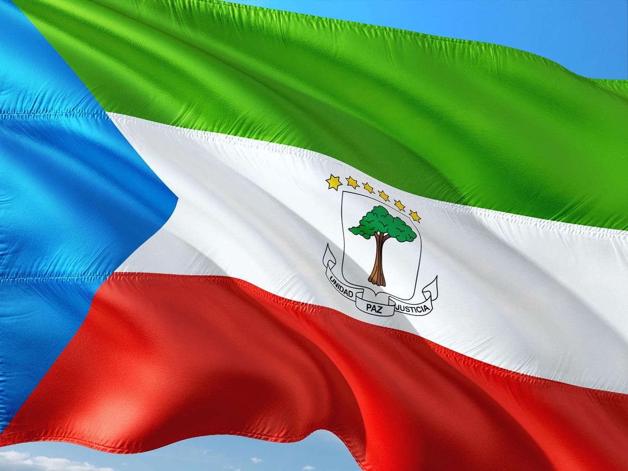 Guiné Equatorial ameaça fechar embaixada de França