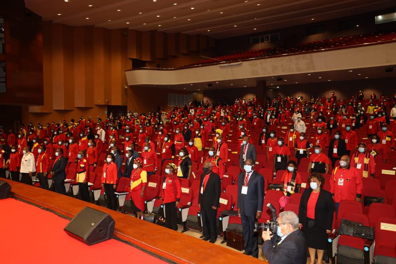 reunião de membros do MPLA