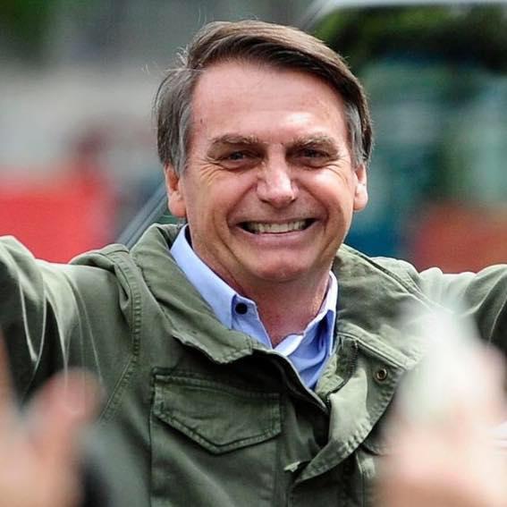Brasil: Escândalo das vacinas compromete o Presidente Bolsonaro