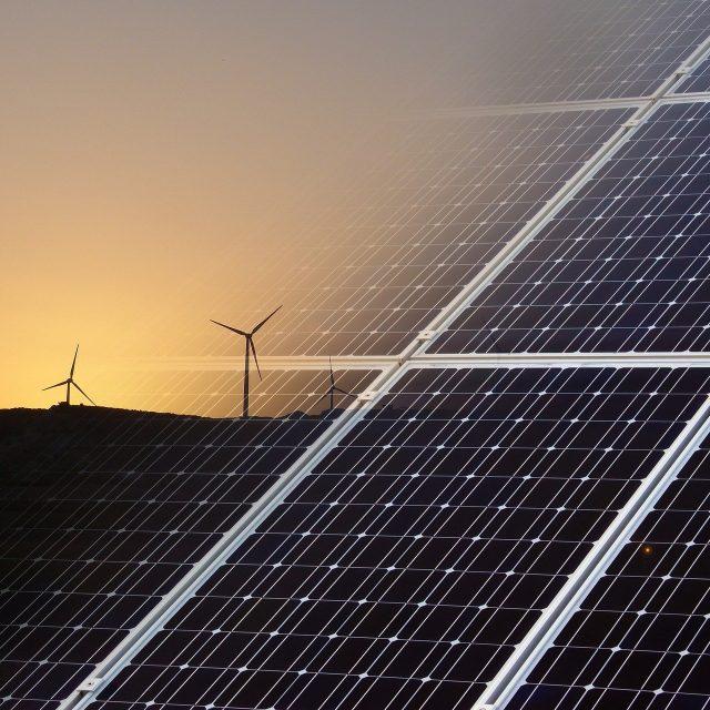 Marrocos quer impulsionar energias renováveis e hidrogénio verde