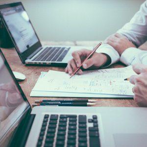 Qualidade do ar no local de trabalho pode afetar a cognição e a produtividade dos funcionários