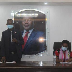 Moçambique: Frelimo recolhe subsídios para reabilitar deslocados