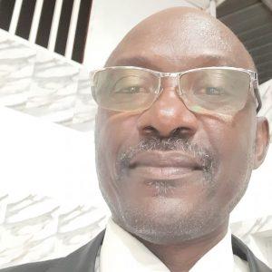 Angola: Venâncio critica falta de democracia interna no MPLA