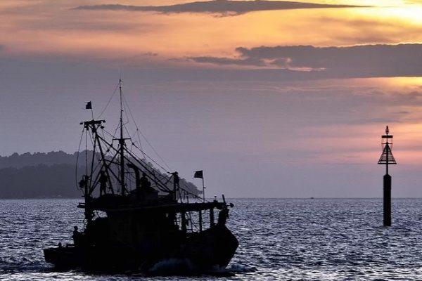 Barco-pesca-Malasia