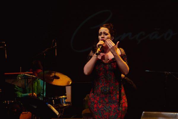 cantora Iliana Gonçalves
