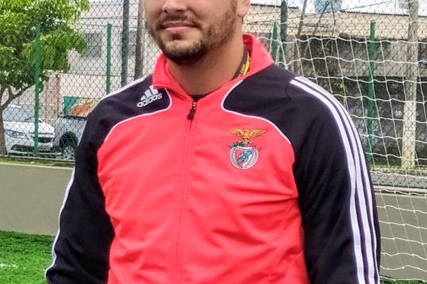 (c) Camillo Neves