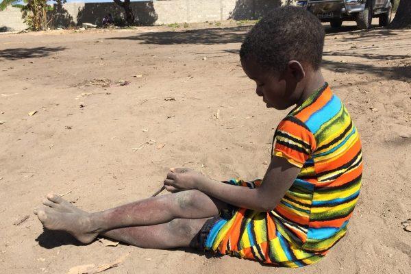 criança Moçambique