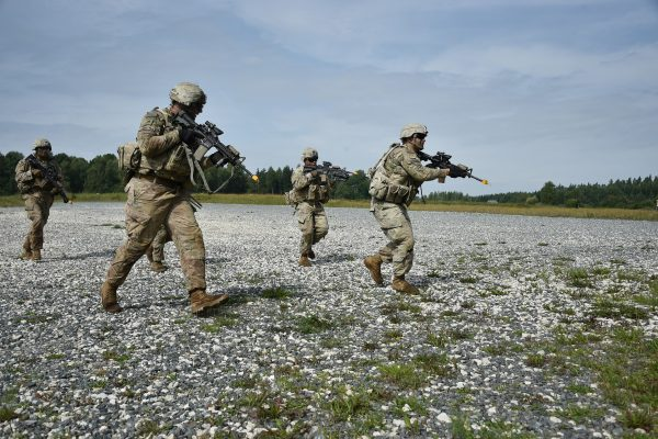 militares; exercito