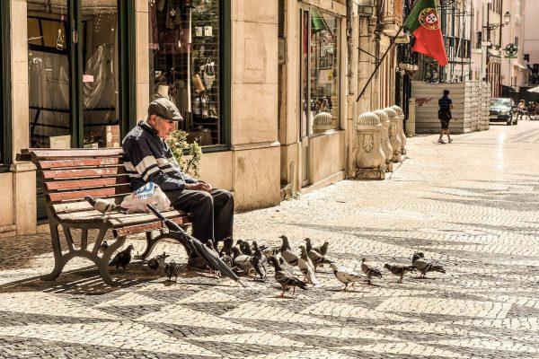velho; pessoa; portugal; rua